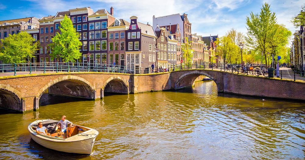 Dutch Waterways | Flying Jayhawks