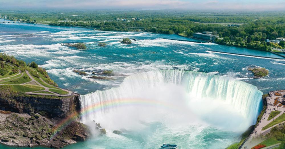 Cruising the Great Lakes | Flying Jayhawks